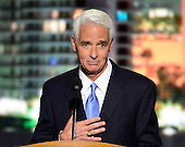 Former Governor Charlie Crist, Jr. (Republican of Florida) makes remarks at the 2012 Democratic National Convention in Charlotte, North Carolina on Thursday, September 6, 2012.  .Credit: Ron Sachs / CNP.(RESTRICTION: NO New York or New Jersey Newspapers or newspapers within a 75 mile radius of New York City)