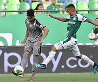 PALMIRA - COLOMBIA, 03-08-2019: Christian Rivera del Cali disputa el balón con David Camacho de Equidad durante partido entre Deportivo Cali y La Equidad por la fecha 4 de la Liga Águila II 2019 jugado en el estadio Deportivo Cali de la ciudad de Palmira. / Christian Rivera of Cali vies for the ball with David Camacho of Equidad during match between Deportivo Cali and La Equidad for the date 4 as part Aguila League II 2019 played at Deportivo Cali stadium in Palmira city. Photo: VizzorImage / Gabriel Aponte / Staff