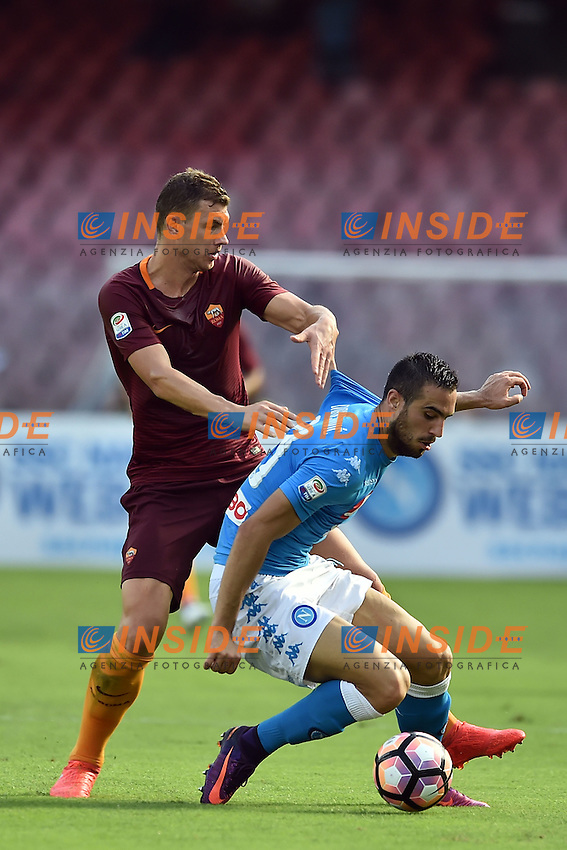 Nikola Maksimovic Napoli, Edin Dzeko Roma <br /> Napoli 15-10-2016  Stadio San Paolo <br /> Football Calcio Campionato Serie A Napoli - AS Roma <br /> Foto Andrea Staccioli / Insidefoto