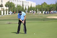 Justin Walters (RSA) putts on the 14th green during Thursday's Round 1 of the 2016 Portugal Masters held at the Oceanico Victoria Golf Course, Vilamoura, Algarve, Portugal. 19th October 2016.<br /> Picture: Eoin Clarke   Golffile<br /> <br /> <br /> All photos usage must carry mandatory copyright credit (© Golffile   Eoin Clarke)