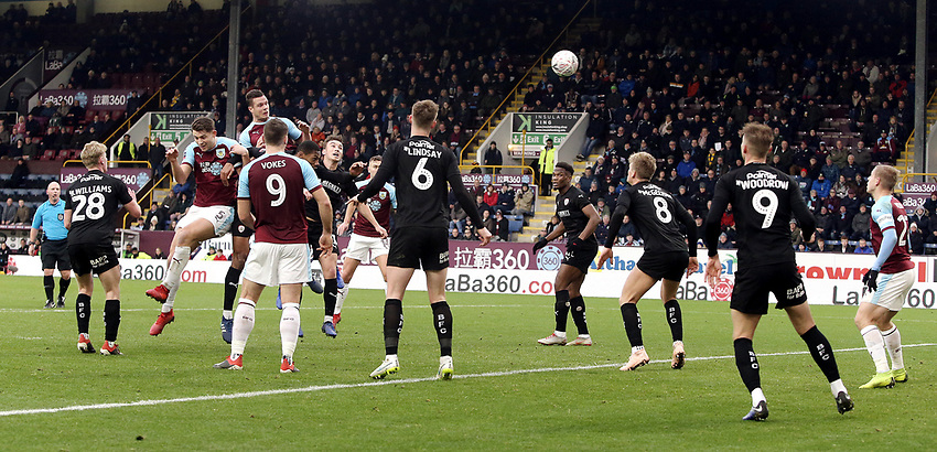 Barnsley's Ben Williams sees his first half headed effort saved by Barnsley's Adam Davies (not pictured)<br /> <br /> Photographer Rich Linley/CameraSport<br /> <br /> Emirates FA Cup Third Round - Burnley v Barnsley - Saturday 5th January 2019 - Turf Moor - Burnley<br />  <br /> World Copyright © 2019 CameraSport. All rights reserved. 43 Linden Ave. Countesthorpe. Leicester. England. LE8 5PG - Tel: +44 (0) 116 277 4147 - admin@camerasport.com - www.camerasport.com