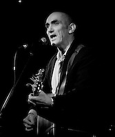 Paul Kelly performing at the Ian Rilen benefit concert, 5 October 2006