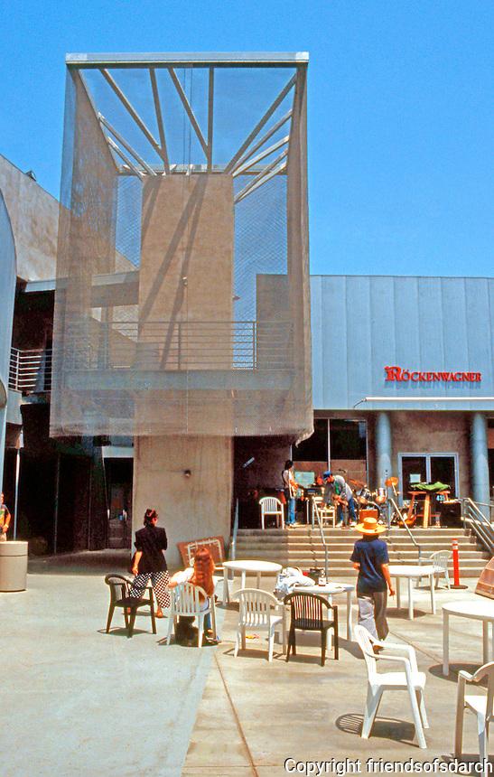 Frank Gehry: Edgemar Center, Santa Monica 1989.  Photo '91.