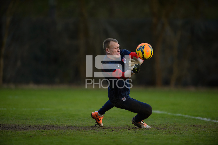 Frankfurt, Germany - Monday, March 3, 2014: The USA Men's national team practices in preparation for it's match against Ukraine.