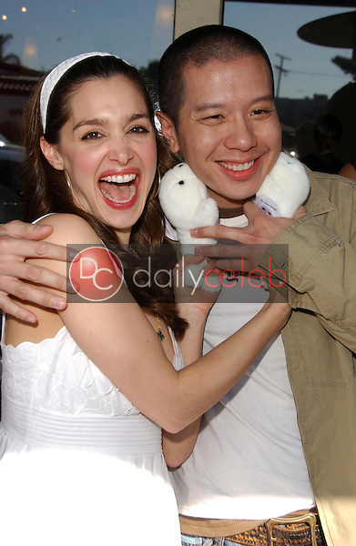 Gina Phillips and Reggie Lee<br />at the Los Angeles event for &quot;Save The Seals&quot;. Real Food Daily, West Los Angeles, CA. 03-28-07<br />Dave Edwards/DailyCeleb.com 818-249-4998