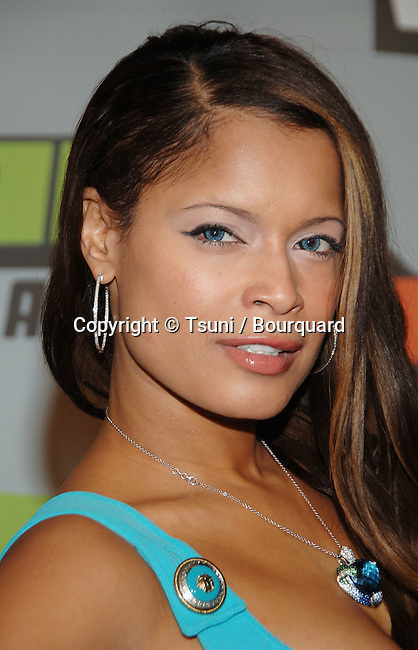 Blu Cantrell arriving at the BIG VH-1 06 Awards on the Sony Studio Lot In Los Angeles.<br /> <br /> headshot<br /> eye contact