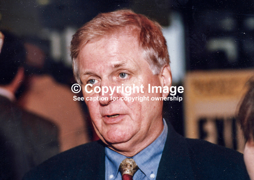 Joe Ashton, MP, Labour Party, UK, Westminster Parliament, 19930924/JA/2..Copyright Image from Victor Patterson, 54 Dorchester Park, Belfast, UK, BT9 6RJ..Tel: +44 28 9066 1296.Mob: +44 7802 353836.Voicemail +44 20 8816 7153.Skype: victorpattersonbelfast.Email: victorpatterson@mac.com.Email: victorpatterson@ireland.com (back-up)..IMPORTANT: If you wish to use this image or any other of my images please go to www.victorpatterson.com and click on the Terms & Conditions. Then contact me by email or phone with the reference number(s) of the image(s) concerned.