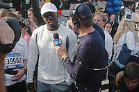 (031102-SWR132.jpg) Staten Island, New York - 2 Nov 03 - Sean Puffy Combs speaks to the media before running in the New York City Marathon.  P DIddy, formerly known as Puff Daddy ran to raise money for New York City public schools.