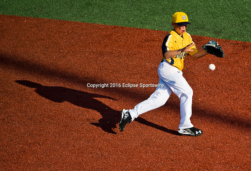 ABERDEEN, MD - AUGUST 02: Elliot Bowen #4 of Southeast Denver (CO) fields a ground ball and makes the put out in a game between New England and Midwest Plains during the Cal Ripken World Series at The Ripken Experience Powered by Under Armour on August 2, 2016 in Aberdeen, Maryland. (Photo by Ripken Baseball/Eclipse Sportswire/Getty Images)