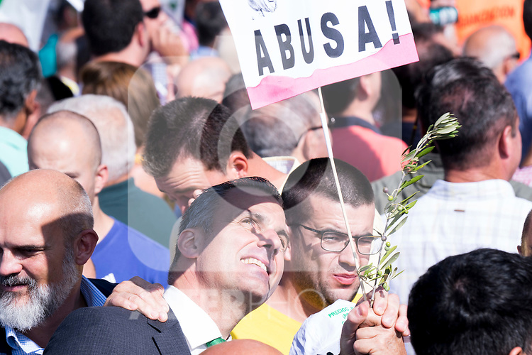 Javier Ortega Smith attends the Olive growers demonstration march because of fair price of olive oil in Madrid. October 10, 2019.. (ALTERPHOTOS/ Francis Gonzalez)