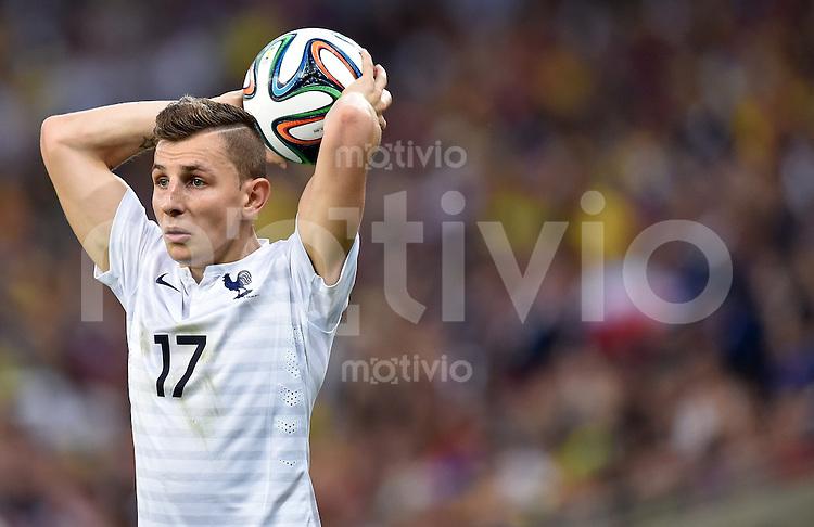 FUSSBALL WM 2014  VORRUNDE    GRUPPE E     Ecuador - Frankreich                  25.06.2014 Lucas Digne (Frankreich) beim Einwurf