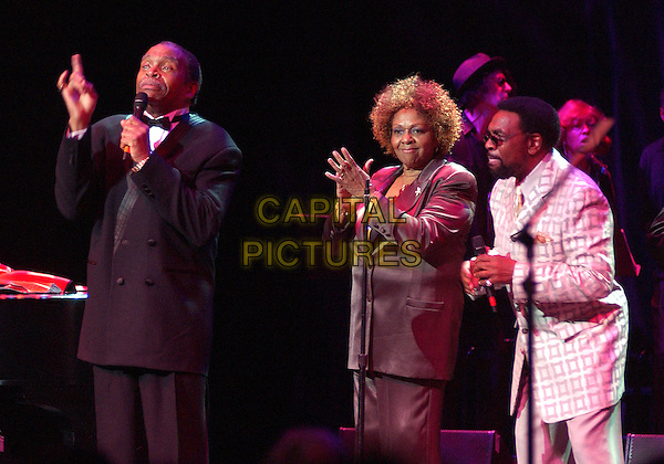 OTIS CLAY, CISSY HOUSTON & WILLIAM BELL.The 10th Annual American Music Masters paying tribute to the late Sam Cooke presented by the Rock and Roll Hall of Fame and Case Western Reserve University held at the State Theatre, Playhouse Square. Cleveland, Ohio..USA, United States..5th November 2005.Ref: ADM/JN.3/4 length performing singing on stage live music gig microphone .www.capitalpictures.com.sales@capitalpictures.com.© Capital Pictures...