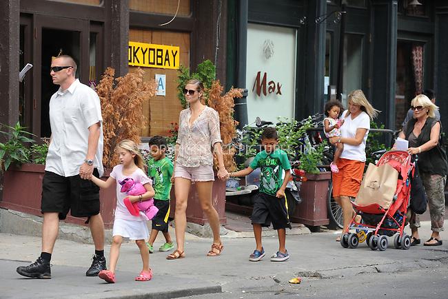 WWW.ACEPIXS.COM . . . . . .June 25, 2011...New York City...Leni Samuel, Heidi Klum, Leni Samuel, Johan Samuel and Lou Samuel walking in Tribeca on June 25, 2011 in New York City....Please byline: KRISTIN CALLAHAN - ACEPIXS.COM.. . . . . . ..Ace Pictures, Inc: ..tel: (212) 243 8787 or (646) 769 0430..e-mail: info@acepixs.com..web: http://www.acepixs.com .