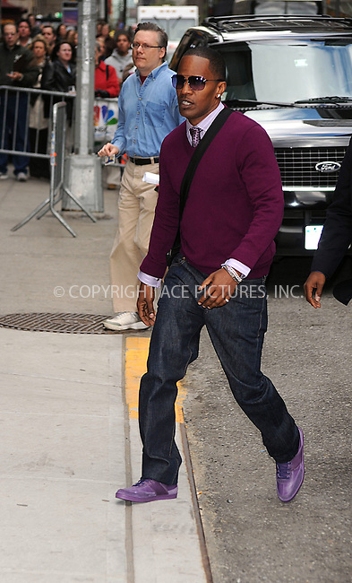 WWW.ACEPIXS.COM . . . . .  ....April 23 2009, New York City....Jamie Foxx made an appearance at the 'Late Show with David Letterman' at the Ed Sullivan Theater on April 23, 2009 in New York City....Please byline: KRISTIN CALLAHAN - ACE PICTURES.. *** ***..Ace Pictures, Inc:  ..tel: (212) 243 8787 or (646) 769 0430..e-mail: info@acepixs.com..web: http://www.acepixs.com