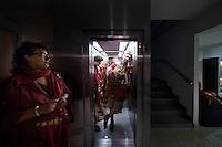 Spalato, 26 Luglio, 2008. Roman legionnaires and gladiators, coming from the Gladiator School in Rome, march past the streets of Split to celebrate the Diocletian's Night in Split..Membri del Gruppo storico Romano durante le celebrazioni per le Notti di Diocleziano