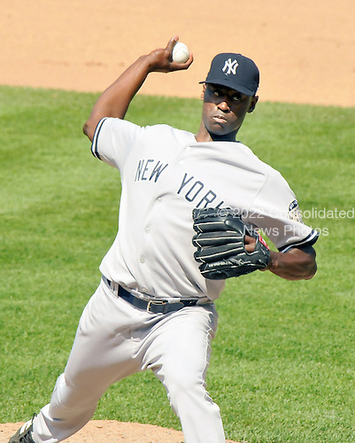 Baltimore, MD - May 26, 2008 -- New York Yankees pitcher LaTroy Hawkins (22) pitches in the 7th inning against the Baltimore Orioles at Oriole Park at Camden Yards in Baltimore, Maryland on Memorial Day, Monday, May 26, 2008.  The Yankees lost the game 6 - 1..Credit: Ron Sachs / CNP.(RESTRICTION: NO New York or New Jersey Newspapers or newspapers within a 75 mile radius of New York City)