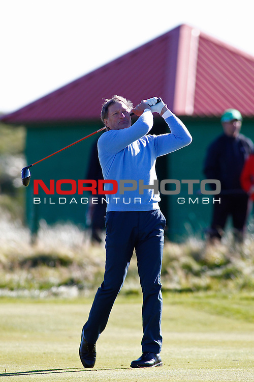 04 October 2012. Franz Klammer competing in The European Tour Alfred Dunhill Links Championship Golf Tournament, played on the Carnoustie Golf Course.                                                                                                       Foto nph /  Mitchell Gunn/ESPA *** Local Caption ***