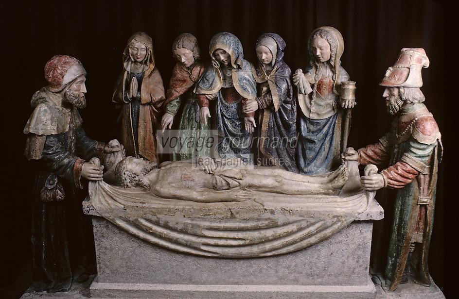 Europe/France/Limousin/19/Corrèze/Reygade: Mise au tombeau XVème - pierre polychrome
