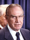 In this file photo from November 20, 1987, The Speaker of the United States House of Representatives Jim Wright (Democrat of Texas) makes remarks at a press briefing on the budget deal with the White House in the White House Press Briefing Room in Washington, D.C.<br /> Speaker Wright resigned his position in 1989 amid an ethics investigation.  He passed away at 92 on May 6, 2015.<br /> Credit: Howard L. Sachs / CNP