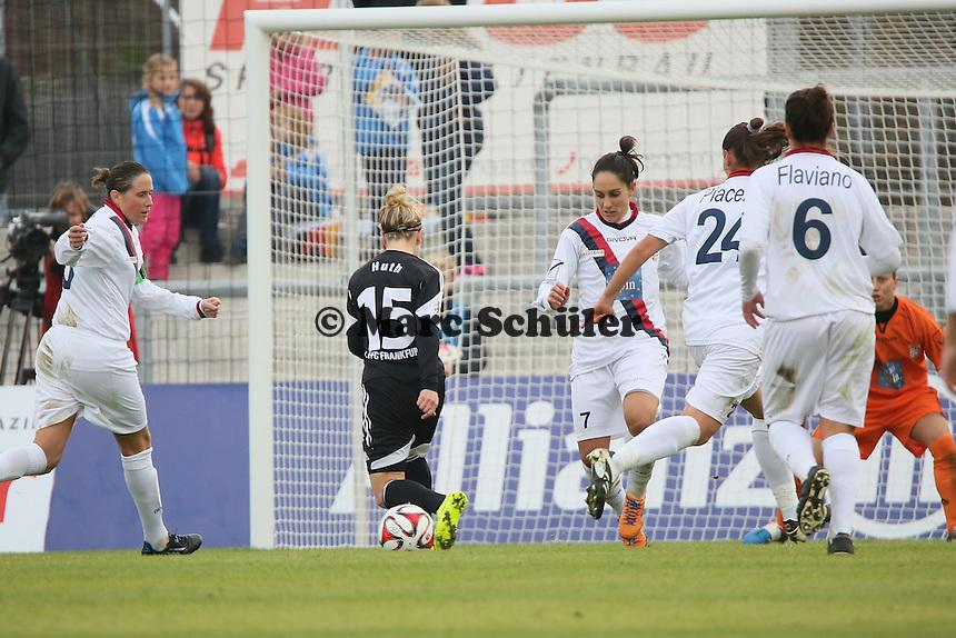 Chance fuer Svenja Huth (FFC) - 1. FFC Frankfurt vs. ASD Torres Femminile, UEFA Champions League Achtelfinal Hinspiel, Stadion am Brentanobad