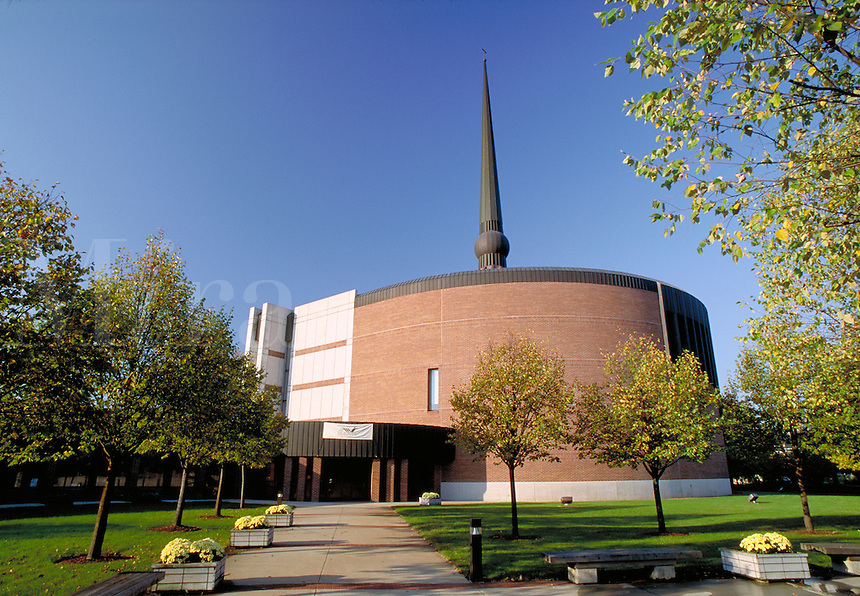 St. Peter's Lutheran Church designed by architect Gunnar Birkerts, completed in 1988. Columbus Indiana.