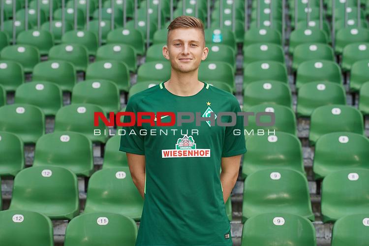 Fu&szlig;ball, GER, /3.Liga, Portr&auml;ttermin 2017/2018,<br /> <br /> Ole K&auml;uper / Kaeuper (SV Werder Bremen U23 #14)<br /> <br /> Foto &copy; nordphoto / Kokenge