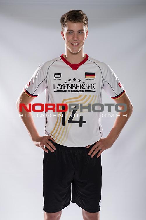 24.05.2015, Sportzentrum Westenfeld, Bochum<br /> Volleyball, Fotoshooting Nationalmannschaft MŠnner / Maenner<br /> <br /> Tom Strohbach (#14 GER)<br /> <br />   Foto &copy; nordphoto / Kurth