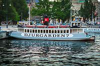 Djurgårdsfärjan vid Nybroviken i Stockholm