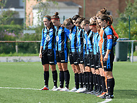 20180915 - Brugge , BELGIUM : Brugge's players pictured during a moment of silence prior to  the third game in the first division season 2018-2019 between the women teams of Club Brugge Dames and Eendracht Aalst , Saturday 15 September 2018 . PHOTO DAVID CATRY | SPORTPIX.BE