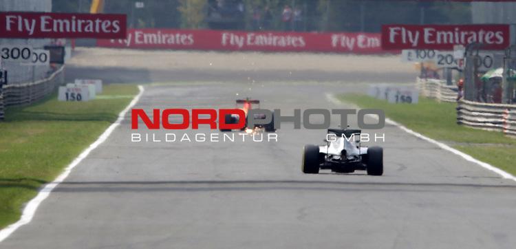 02.09.-04.09.2016, Autodromo Nationale, Monza, ITA, F1, Grosser Preis von Italien, Monza,  Race 14, im Bild <br /> Max Verstappen (NEL#33), Infiniti Red Bull Racing, Nico Rosberg (GER#6), Mercedes AMG Petronas Formula One Team<br /> <br /> <br /> Foto &copy; nordphoto / Bratic