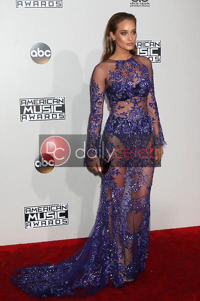 Hannah Davis Jeter<br /> at the 2016 American Music Awards, Microsoft Theater, Los Angeles, CA 11-20-16<br /> David Edwards/DailyCeleb.com 818-249-4998
