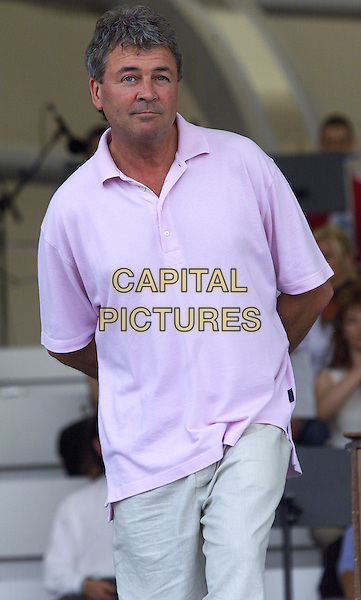 IAN GILLAN (DEEP PURPLE).Pavarotti And Friends.Modena, 31st May 2001.www.capitalpictures.com.sales@capitalpictures.com.©Capital Pictures