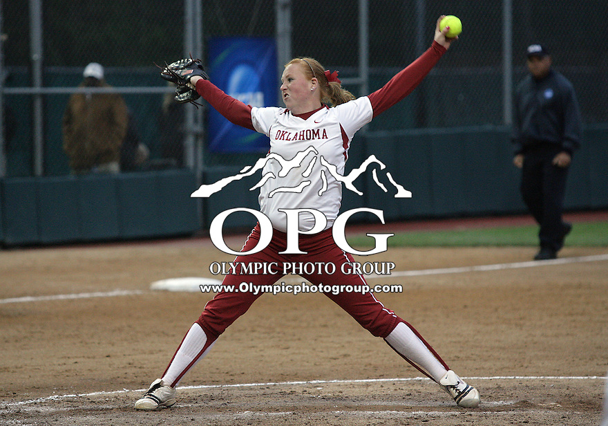 28 May 2010:  Oklahoma relief pitcher Michelle Gascoigne fires the ball to the plate against Washington.  Washington defeated Oklahoma 3-0 in the second game of the NCAA Super Regional at Husky Softball Stadium in Seattle, WA.
