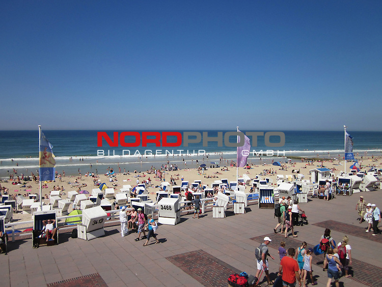 08.08.2013, Nordseeinsel Sylt, GER, im Bild Strandpromenade in Westerland, Foto © nph / Kohring