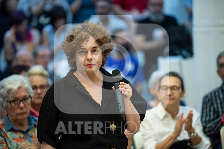 Gloria Elizo, secretary in Podemos of Politices against corruption; in a meeting of Podemos with people in Madrid where they exchange points of view, listen to concerns and draw shared horizons.<br /> October 5, 2019. <br /> (ALTERPHOTOS/David Jar)