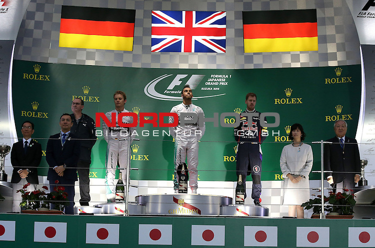 Podium - Nico Rosberg (GER), Mercedes GP - Lewis Hamilton (GBR), Mercedes GP - Sebastian Vettel (GER), Red Bull Racing<br /> for the complete Middle East, Austria &amp; Germany Media usage only!<br />  Foto &copy; nph / Mathis