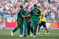 Notts Outlaws' Steven Mullaney celebrates with his teammates after taking the wicket of Hampshire's James Vince <br /> <br /> Photographer Andrew Kearns/CameraSport<br /> <br /> NatWest T20 Blast Semi-Final - Hampshire v Notts Outlaws - Saturday 2nd September 2017 - Edgbaston, Birmingham<br /> <br /> World Copyright &copy; 2017 CameraSport. All rights reserved. 43 Linden Ave. Countesthorpe. Leicester. England. LE8 5PG - Tel: +44 (0) 116 277 4147 - admin@camerasport.com - www.camerasport.com
