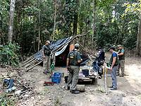 Operação Labareda.<br /> Acampamento dos trabalhadores resgatados que trabalhavam no desmatamento ilegal.<br /> <br /> Fiscais do Ibama  fazem apreensão de madeira retirada ilegalmente no oeste do estado<br /> Novo Progresso, Pará, Brasil<br /> agosto/2012 <br /> Foto: Nelson Feitosa/Ibama