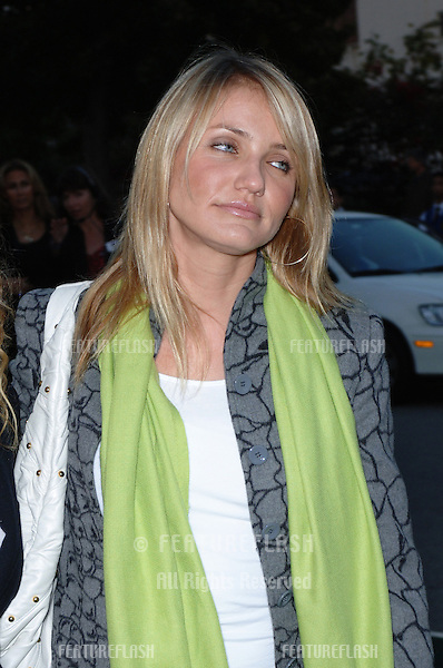 Actress CAMERON DIAZ at the 15th Annual Environmental Media Awards in Los Angeles..October 19, 2005 Los Angeles, CA..© 2005 Paul Smith / Featureflash