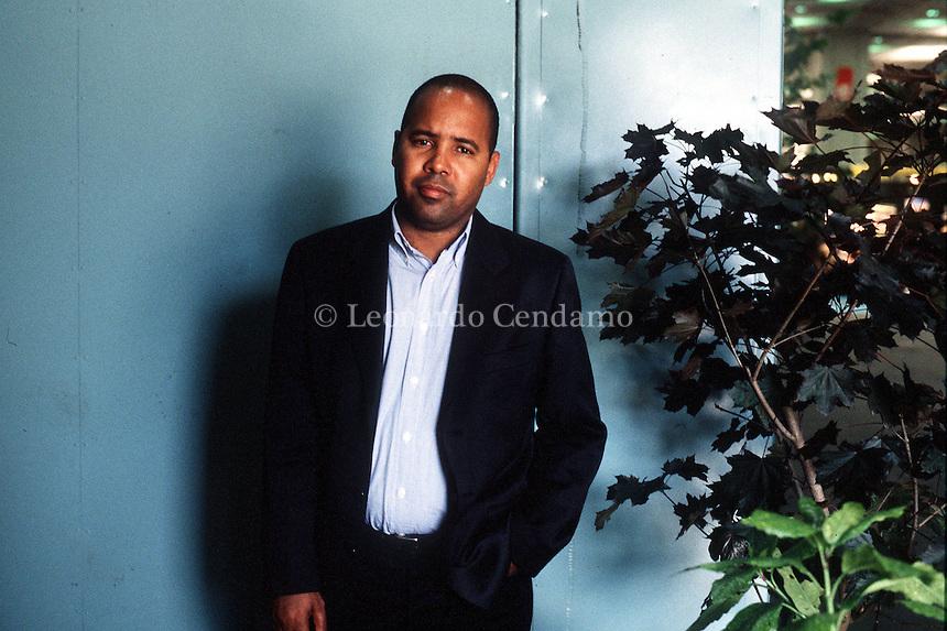 2000: ALEXIS DIAZ PIMIENTA, WRITER © Leonardo Cendamo