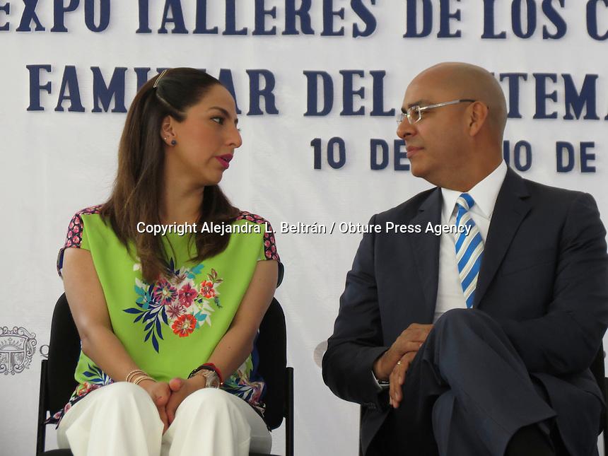 Querétaro, Qro. 10 de junio 2016. El alcalde Marcos Aguilar acudió a la inauguración de la exposición de los talleres CAF. Foto: Alejandra L. Beltrán / Obture Press Agency