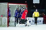 Uppsala 2014-11-15 Bandy Elitserien IK Sirius - IFK V&auml;nersborg :  <br /> V&auml;nersborgs med ett skott i ribban under matchen mellan IK Sirius och IFK V&auml;nersborg <br /> (Foto: Kenta J&ouml;nsson) Nyckelord:  Bandy Elitserien Uppsala Studenternas IP IK Sirius IKS IFK V&auml;nersborg