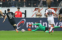 Filip Kostic (Eintracht Frankfurt) gegen Torwart Ron-Robert Zieler (VfB Stuttgart) - 31.03.2019: Eintracht Frankfurt vs. VfB Stuttgart, Commerzbank Arena, DISCLAIMER: DFL regulations prohibit any use of photographs as image sequences and/or quasi-video.