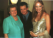 Michael J. Fox poses with his mother, Phyllis Fox, left, and wife, Tracy Pollan, right, at the dinner at the Washington Hilton Hotel in Washington, DC to announce the Michael J. Fox Foundation for Parkinson's Research on May 23, 2000..Credit: Ron Sachs / CNP