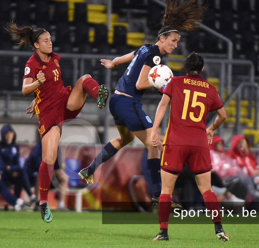 20170723 - BREDA , NETHERLANDS : English Jill Scott (M) with Spanish Alexia Losada (L) and Silvia Meseguer (R) pictured during the female soccer game between England and Spain  , the second game in group D at the Women's Euro 2017 , European Championship in The Netherlands 2017 , Sunday 23 th June 2017 at Stadion Rat Verlegh in Breda , The Netherlands PHOTO SPORTPIX.BE | DIRK VUYLSTEKE