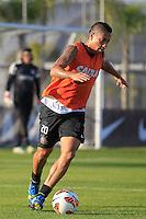 SAO PAULO, SP 16 JULHO 2013 - TREINO CORINTHIANS - O jogador do Corinthians Ralf, treinou na tarde de hoje, 16, no Ct. Dr. Joaquim Grava, na zona leste de São Paulo. FOTO: PAULO FISCHER/BRAZIL.