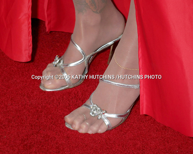 "ANNA NICOLE SMITH.""BE COOL"" PREMIERE.GRAUMAN'S CHINESE THEATER.HOLLYWOOD, CA.FEBRUARY 14 , 2005.©2005 KATHY HUTCHINS /HUTCHINS PHOTO."