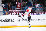 Stockholm 2014-09-11 Ishockey Hockeyallsvenskan AIK - S&ouml;dert&auml;lje SK :  <br /> S&ouml;dert&auml;ljes Jonas Engstr&ouml;m jublar efter att ha gjort m&aring;l p&aring; sin straff i straffl&auml;ggningen<br /> (Foto: Kenta J&ouml;nsson) Nyckelord:  AIK Gnaget Hockeyallsvenskan Allsvenskan Hovet Johanneshovs Isstadion S&ouml;dert&auml;lje SK SSK jubel gl&auml;dje lycka glad happy