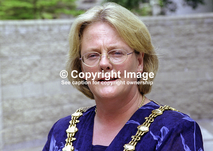 Rosaleen O'Grady, Fianna Fail, councillor, Mayor, Sligo Borough Council, Rep of Ireland, 199908004.<br />