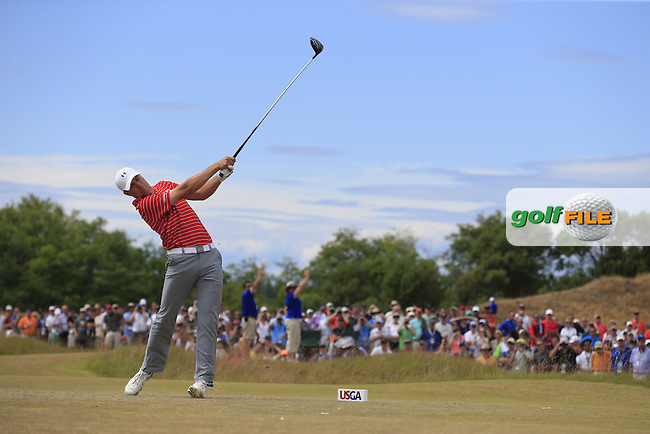 Jordan Speith (USA) tees off the 4th tee during Thursday's Round 1 of the 2015 U.S. Open 115th National Championship held at Chambers Bay, Seattle, Washington, USA. 6/18/2015.<br /> Picture: Golffile | Eoin Clarke<br /> <br /> <br /> <br /> <br /> All photo usage must carry mandatory copyright credit (&copy; Golffile | Eoin Clarke)